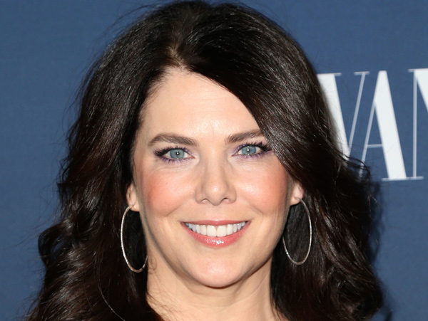 Lauren Graham To Topline & Co-Write Female Late-Night Host Comedy From Ellen DeGeneres & NBC